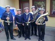den-pobedy-duhovoj-orkestr